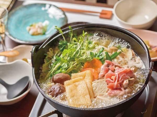 地鶏鍋/一例