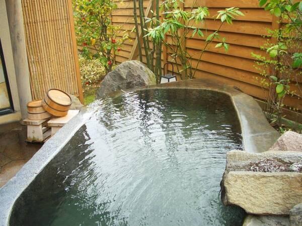 【露天風呂付き客室、離れ和室2間】客室風呂/一例