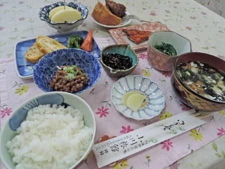 *朝食一例/和食中心のお食事で食後にモーニングコーヒーとプチデザートあり!