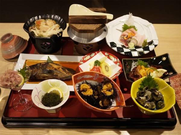 *夕食一例/主人自ら漁に出る事も!新鮮な気仙沼の海の幸づくし♪※内容は水揚げ状況により異なります。