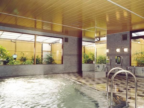 【大浴場/姫の湯】ミネラル豊富なお湯を満喫