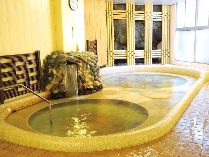 「白浜野嶋の湯」自家源泉だから豊富な湯量