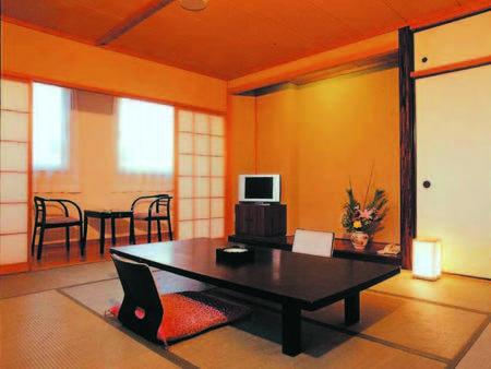 【客室/例】8~10畳の洗浄機能トイレ付和室