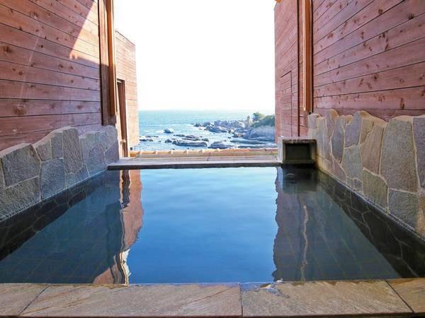 【海の見える半露天風呂】一般利用可能時間もあり! ※温泉ではありません