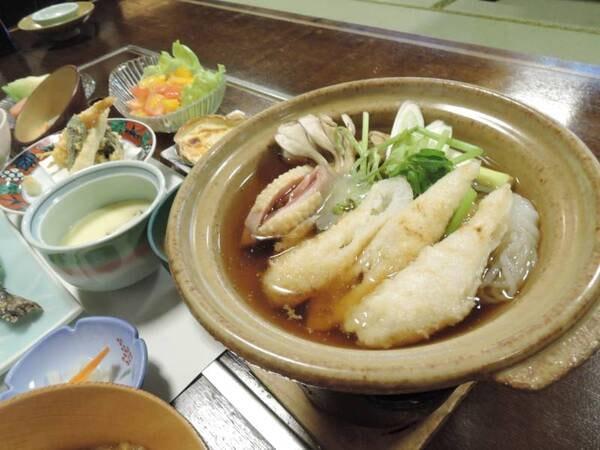 *秋田の誇る郷土料理「きりたんぽ鍋」