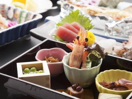 個室又はお部屋食で旬の大和路ならではの味覚をお愉しみいただけます