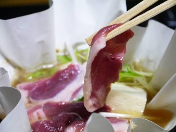 【倭かも鍋(一人鍋)】名物「倭かも鍋」の奈良ブランド合鴨は、会席料理にもお付けしています。