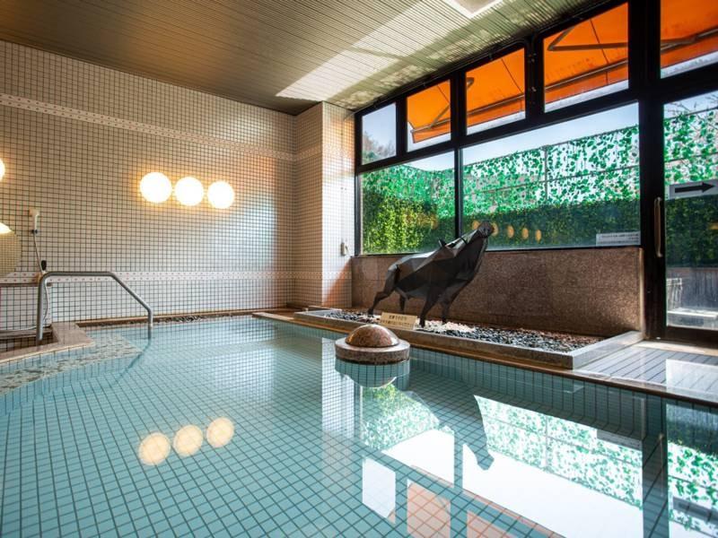 *【大浴場】約1300年前に名僧行基により発見された歴史ある名湯をお楽しみ下さい。