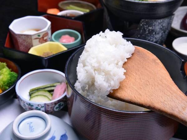 """*朝食(一例)日本棚田百選""""高柳の棚田""""でできたコシヒカリが食卓に。朝から自然の恩恵を享受する幸せ。"""