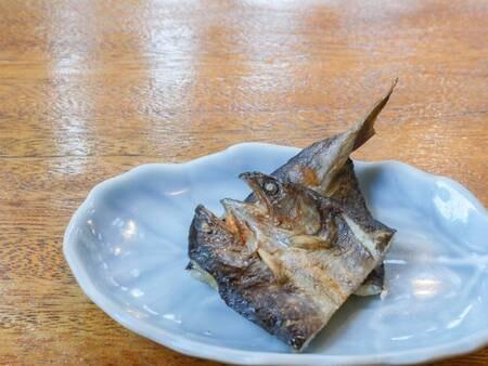 *[ご朝食一例/岩魚の稚魚の一夜干し]丹精込めた一品。口に入れれば岩魚本来の味と旨味が溢れ出し美味