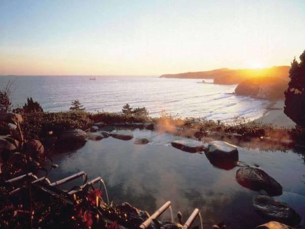 【下田温泉 下田大和館】窓の向こうには「海」!眺望自慢の宿で過ごすゆったりとしたひととき