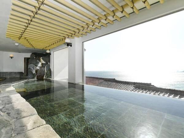【大浴場石風呂「仙楽」】落ち着いた日本の温泉を感じさせる趣のある造り