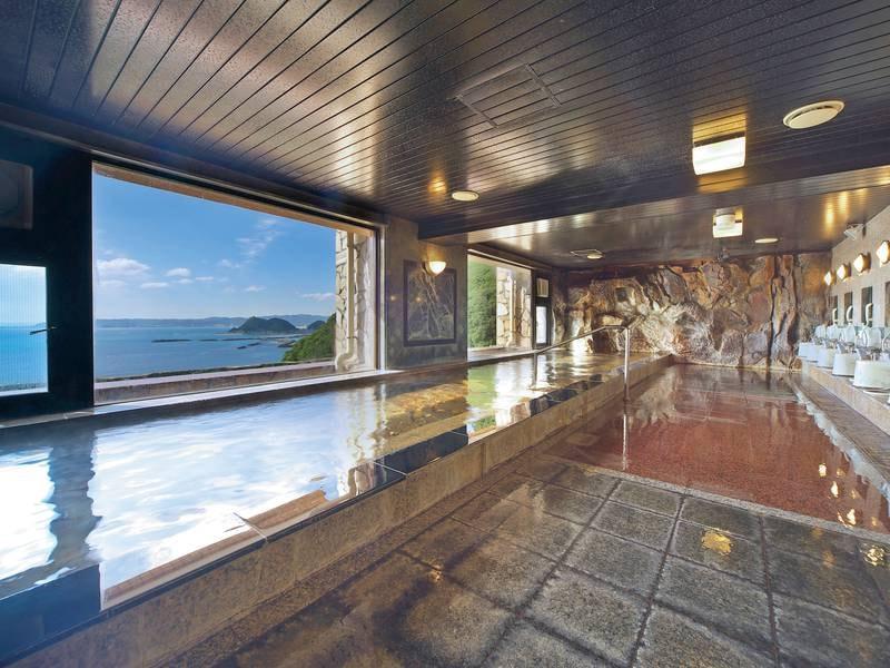【6階 展望大浴場】太平洋を一望