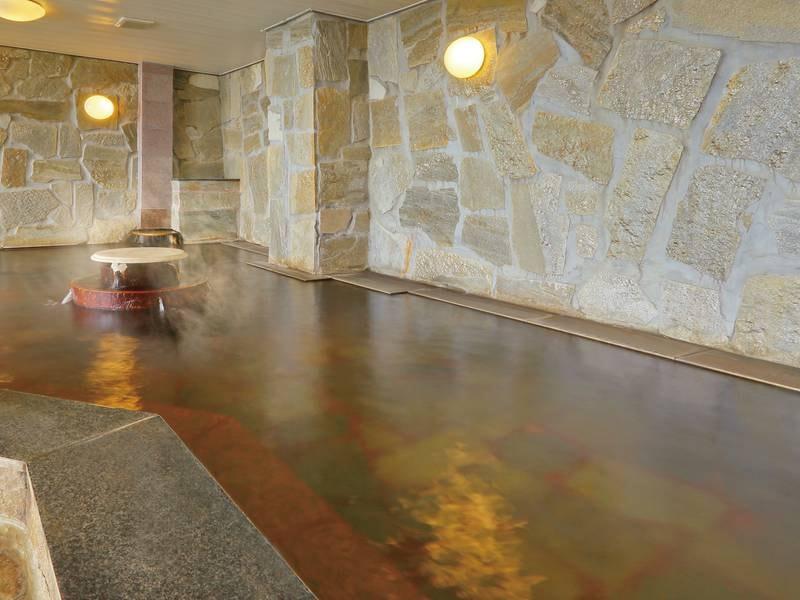 【内風呂】美肌の湯と名高い温泉