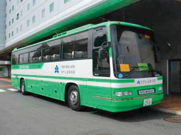 成田空港⇔ホテル間は無料送迎バスで約10分