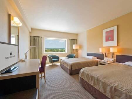 【客室/例】3名様まで宿泊できる33平米スーペリアツイン。お荷物が多くてもゆったり