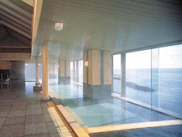 【鴨川ホテル三日月】【全室海眺望】お部屋はゆったり和洋室!日本初のフルコース・オープンキッチン で約50種バイキング!