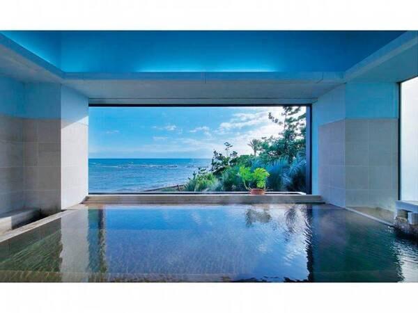 【展望風呂】太平洋を一望しながら湯を満喫