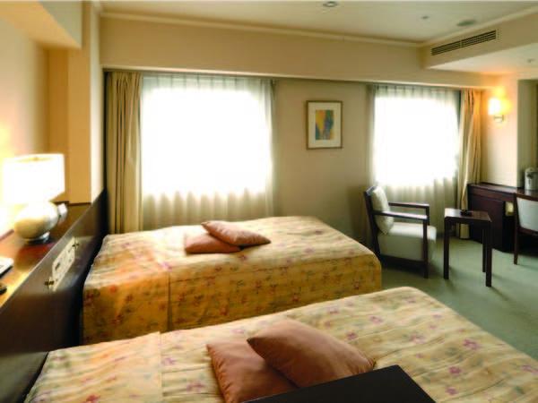 ツイン 【ツイン/例】23㎡のお部屋に110cmのベッドを完備。清潔感のある客室で快適ステイ