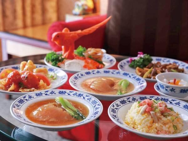 重慶新館の1ランク上のディナーコース(一例)