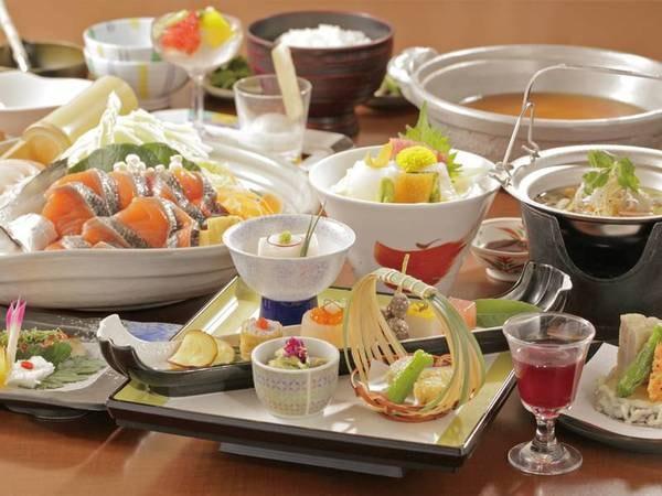 【夕食「花鳥」/例】四季彩鍋など海鮮中心の和会席のコース