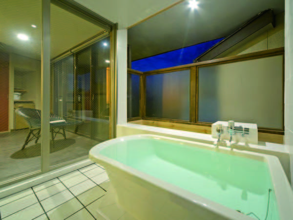 【露天風呂付客室/例】プライベートな空間でゆったり
