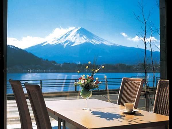 【レストラン/眺望】もちろんレストランからも富士山を望めます♪