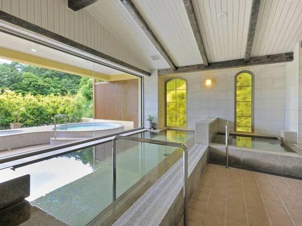 【大浴場/漲山の湯】富士山に一番近い場所に造られた天然温泉大浴場