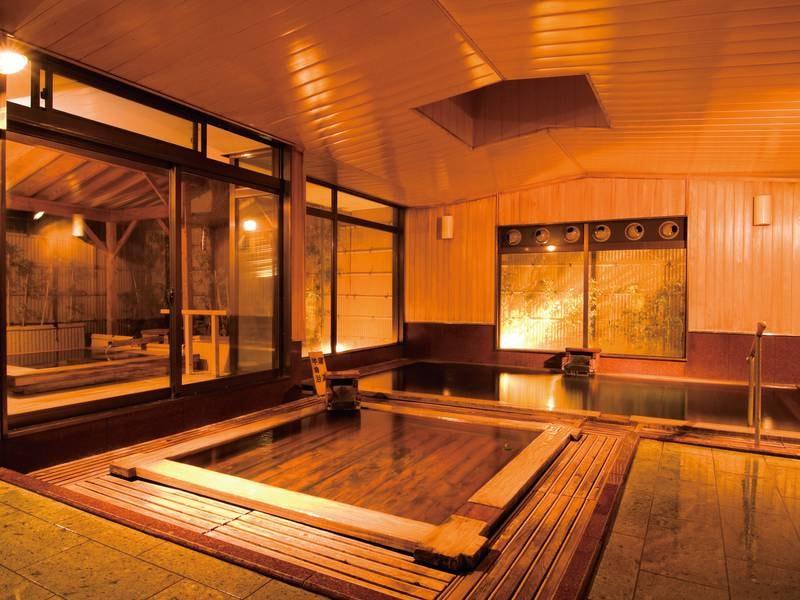 【総檜大浴場/乙女の湯】木の香りや温もりを感じる湯船でゆったり