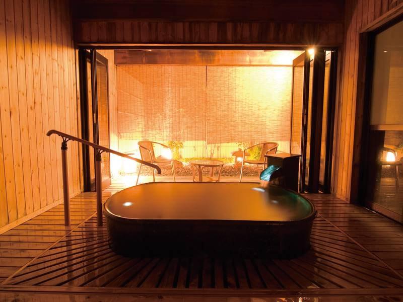 【貸切風呂】陶器風呂