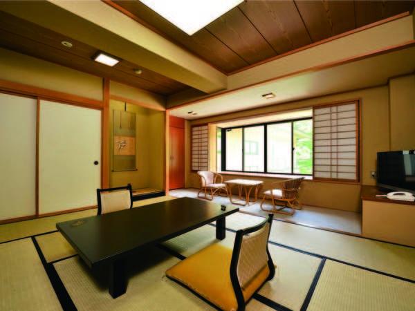 【10畳和室/例】自然を窓から望む広々とした10畳の和室