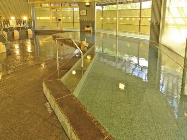 【ホテル圓山荘】源泉かけ流しの湯を12種の湯船・6つの湯殿で温泉三昧! 信州和牛・鮑・蟹が全部楽しめる会席がおすすめです