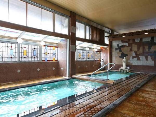 【湯元 上山田ホテル】大正8年創業の老舗ホテル。展望貸切露天風呂と大浴場と多彩な湯殿を満喫