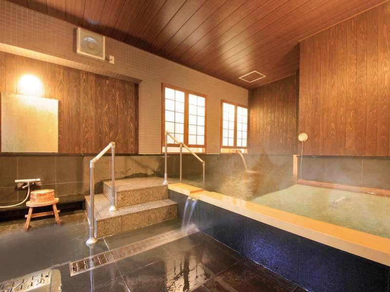 【有料貸切風呂】8人まで入浴できる貸切風呂でゆったり