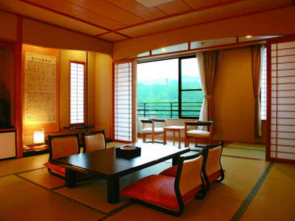 【新館12.5畳和室/例】風情漂う新館「香蘭亭」の広々12.5畳客室