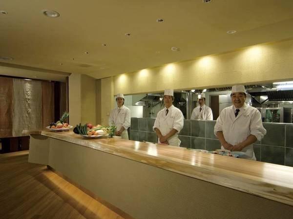 味彩厨房ゆごやのオープンキッチン