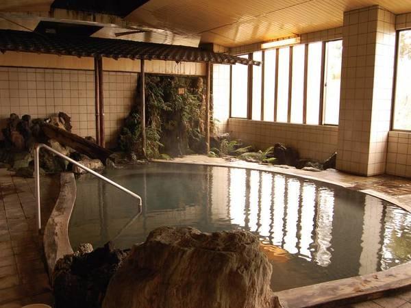 【ホテル後楽荘】妙高高原ICから車で約15分。大型犬の宿泊もOK!高台からの眺望と美肌効果抜群のかけ流しの良泉を満喫。