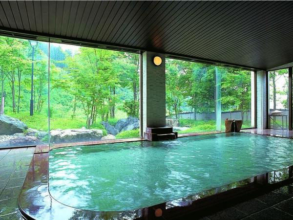 【龍雲の湯/大浴場】「美人の湯」ともいわれお肌に優しい温泉を満喫