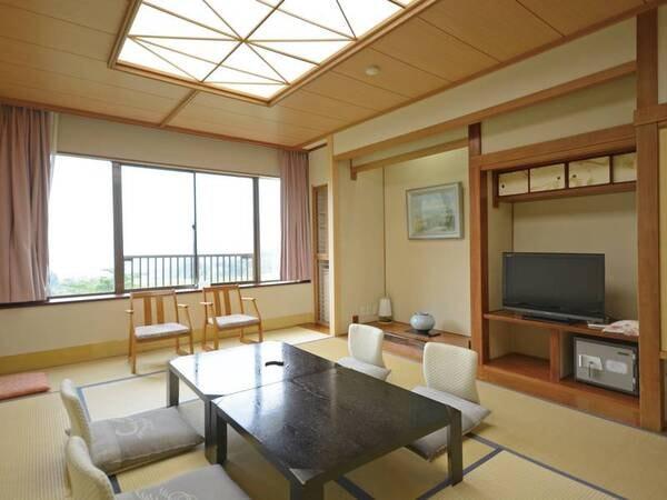 【本館10畳以上客室/例】10畳以上の広縁付き客室にご案内