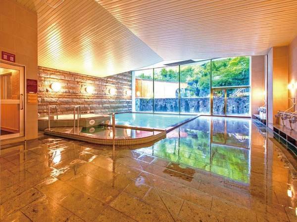 【大浴場/内湯】広々快適!越後湯沢の湯に身をゆだねて心もリラックス