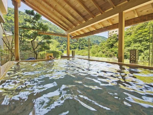 【ホテル桃源】黒部川の渓谷を間近に望む川床露天風呂、川の流れを聞きながら美肌の湯を堪能