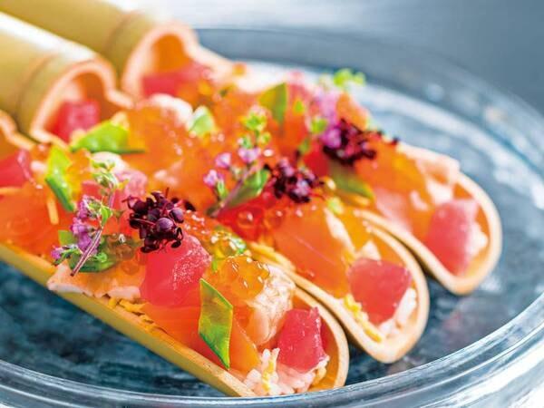 【6~8月夕食例】竹筒ちらし寿司