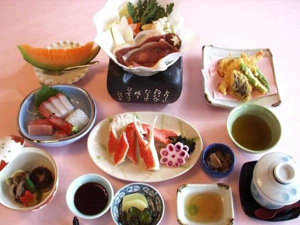 金沢の海の幸・山の幸両方楽しめる人気の<竹コース>