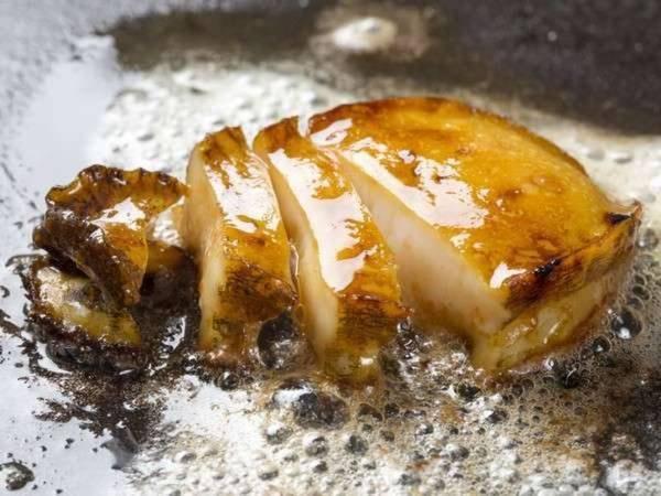 あわび極みコース(一例) メインはあわびまるごと一つをステーキでご用意!
