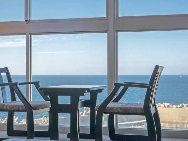 【客室/例】全室オーシャンビュー客室!水平線に沈む夕陽を眺めることができる