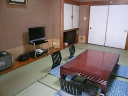 和室10畳洗浄便座付客室(山側)/一例