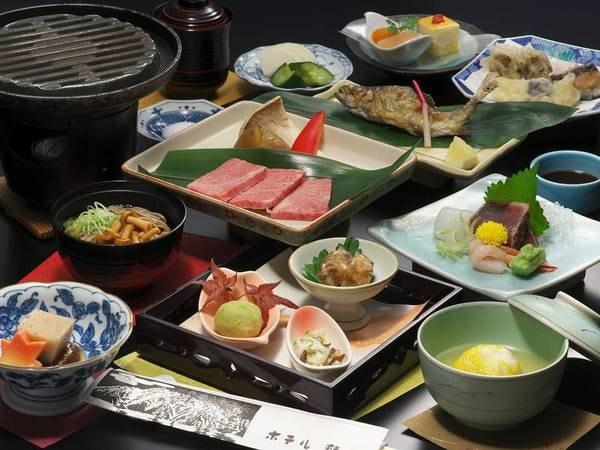 【夕食/例】飛騨牛の陶板焼き、お造りなど四季の食材使用の約12品の会席