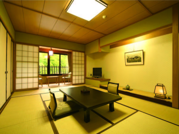 【北アルプス側和室/例】広さゆったり12畳、北アルプスの絶景を望むお部屋