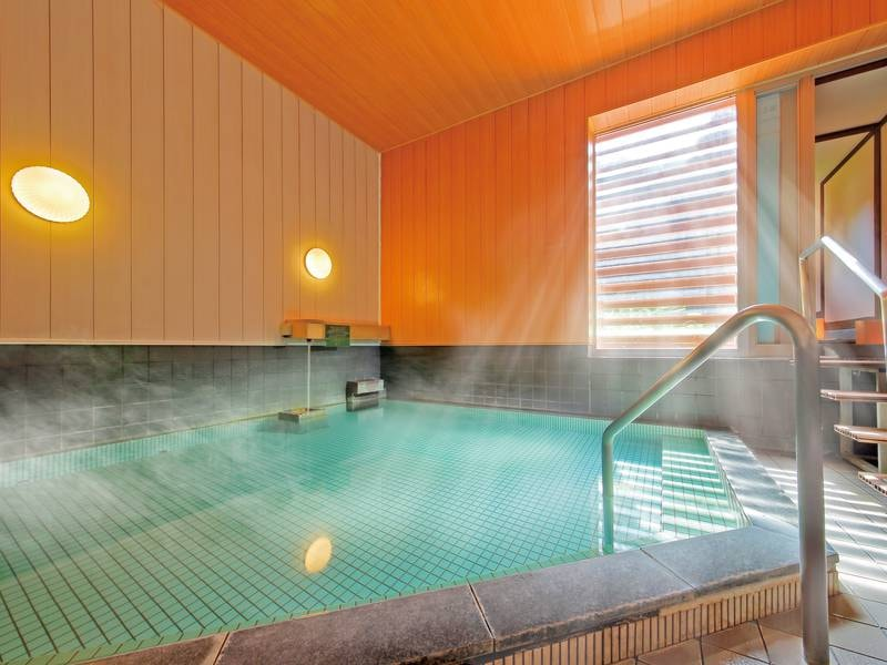 【大浴場】硫酸イオンを豊富に含んだ良質な天然温泉