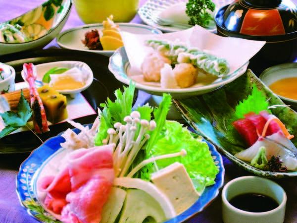 【夕食】 飛騨の味覚「なっとく豚」の飛騨味噌仕立てをメインにした会席/例
